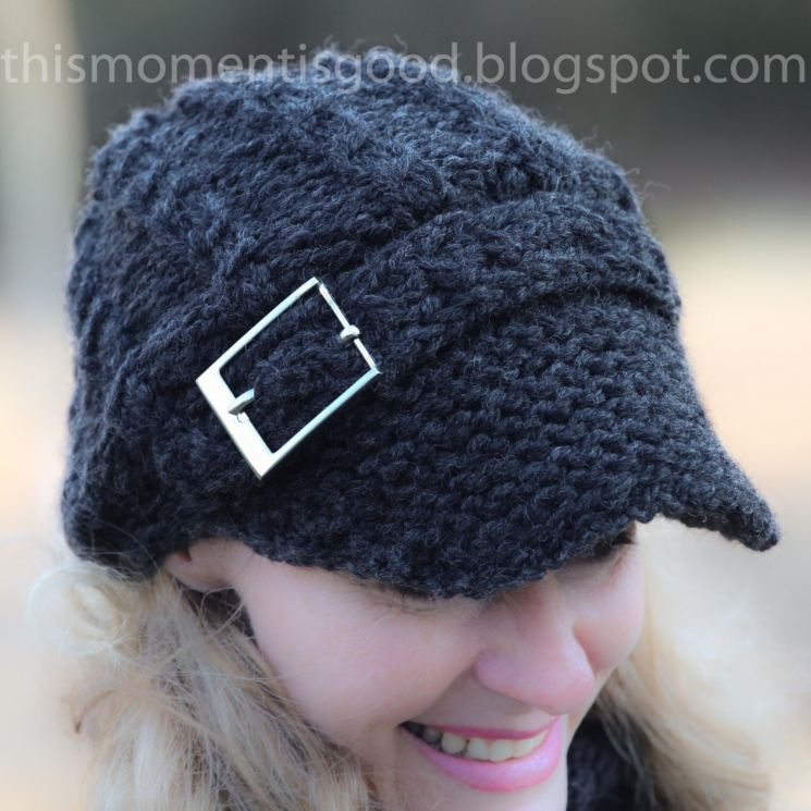 LOOM KNIT NEWSBOY CAP WITH MOCK CABLES