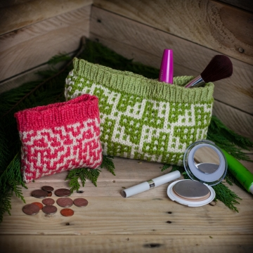 Loom knit wallet, change purse, make up bag, travel case, credit card holder