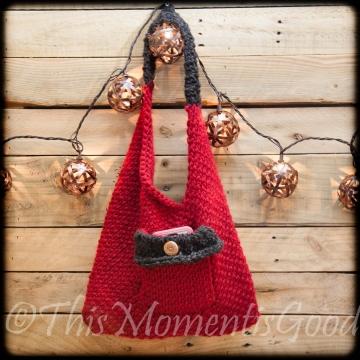 Loom Knit Sling Bento Handbag Purse PATTERN. Easy, beginner Purse PATTERN! Available for immediate PDF download through Etsy.