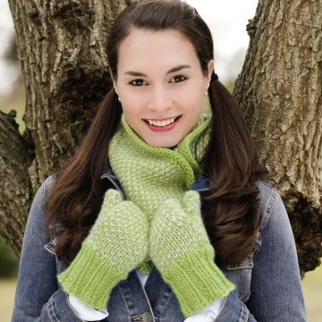 Loom Knit Mittens and Cowl